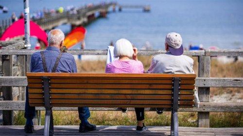 Steuer- und Abgabenlast der Rentner steigt auf fast 100 Milliarden