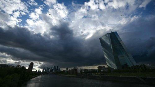 Trotz steigender Inflation: EZB bleibt ultralockerem Kurs treu