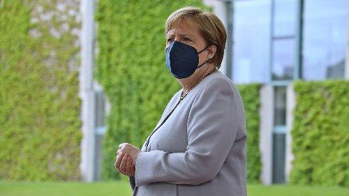 Erst AstraZeneca, dann Moderna: Warum Merkels Impfmix nicht ungewöhnlich ist