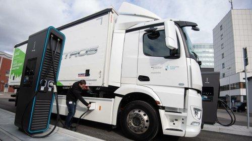Daimler Truck will 2030 in Europa mehr Lkw mit E-Antrieb verkaufen als mit Verbrennungsmotor