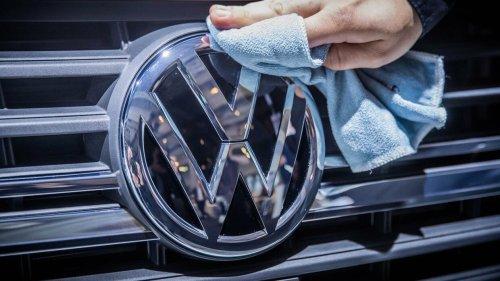 VW fordert Tempolimits und die Erhöhung der Dienstwagensteuer für Verbrenner