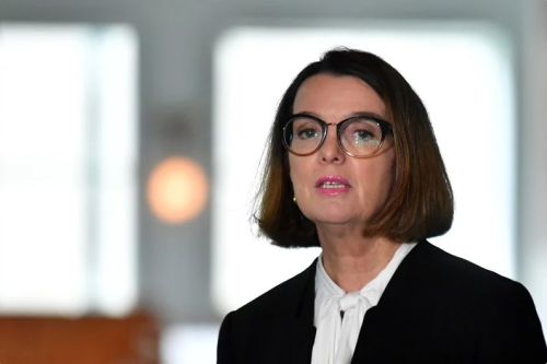 Australian government announces payment to assist women escaping family violence