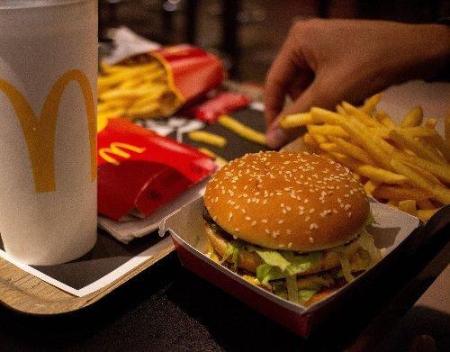 Kundentrick: Deswegen sehen die Pattys bei McDonald's jetzt so anders aus - wmn