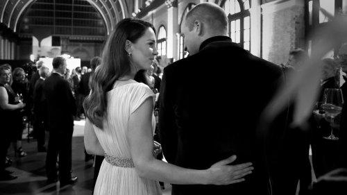 Prinz William und Herzogin Kate teilen intimen Backstage-Moment
