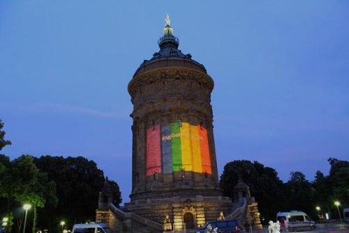 Mannheim bekennt Farbe