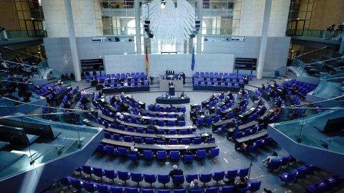 Heftiger Schlagabtausch im Bundestag zum Klimaschutzgesetz