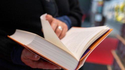 Problem Papiermangel: Wie die Buchbranche reagiert