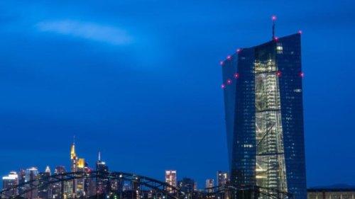 EZB bleibt bei ultralockerem Kurs trotz steigender Inflation