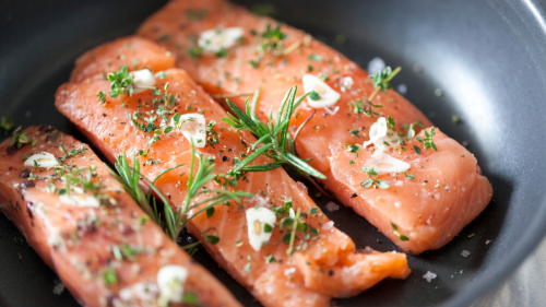 Women Should Eat This Delicious Food Every Week to Protect Hormone Health and Prevent Signs of Aging