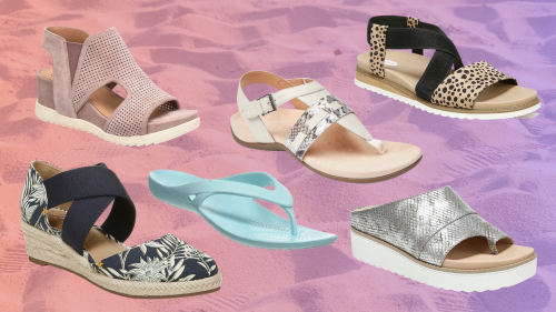 28 Best Sandals for Plantar Fasciitis in 2021 That You'll Love Wearing
