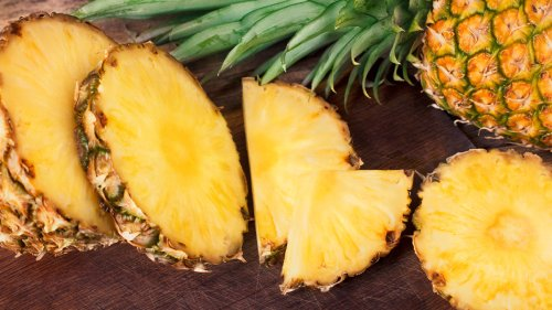 How to Get Rid of That Stinging Feeling While Eating Fresh Pineapple