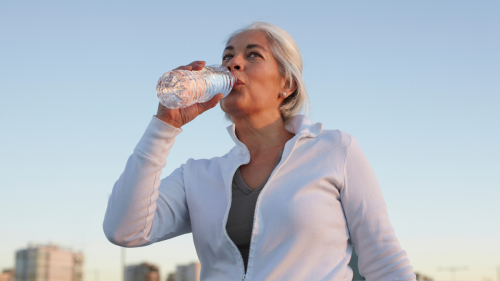 Why You Still Feel Dehydrated After Drinking Water All Day — and How to Fix It