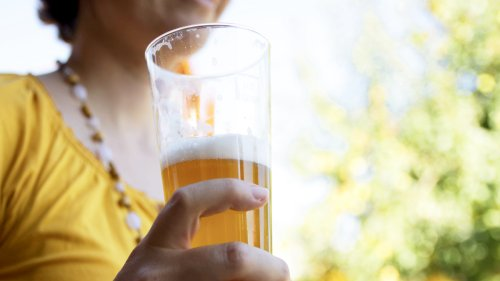 Drinking This Much Each Day May Reduce Risk of Repeat Heart Conditions by 50%