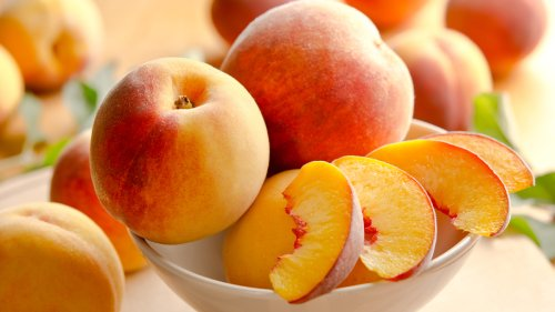 This Yummy In-Season Fruit Can Promote Eye Health, Keep Wrinkles at Bay, and Lower Cancer Risk