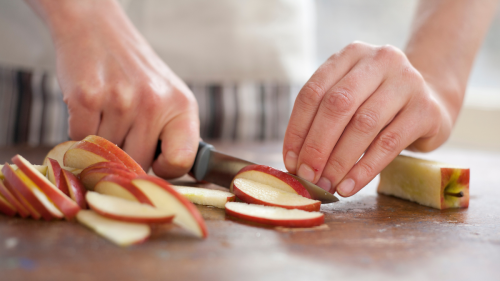 Don't Throw Out That Apple Core — It Can Help With Gut Health and Weight Loss