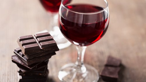 Drinking Red Wine With This Other Indulgent Treat Can Help Protect Your Vision as You Age