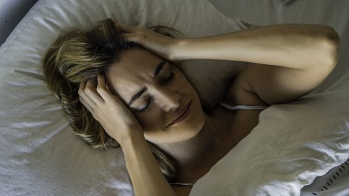 5 Easy Tricks to Help You Fall Asleep Quick