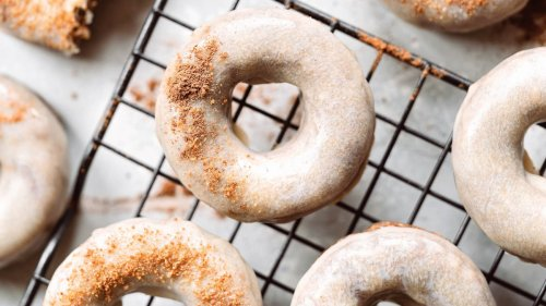 Welcome Fall with These Vegan Pumpkin Spice Latte Donuts
