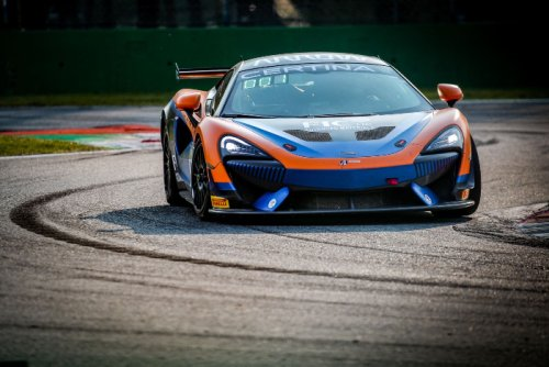 UNITED AUTOSPORTS McLAREN WINS AT MONZA ON GT4 EUROPEAN SERIES DEBUT