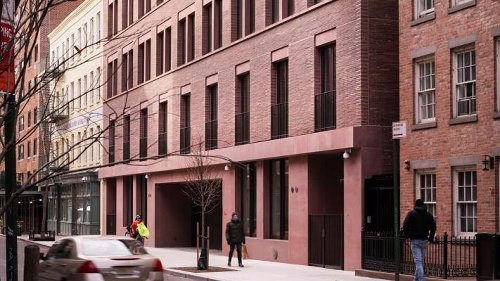 David Chipperfield Architects completes red pigmented apartment block in New York