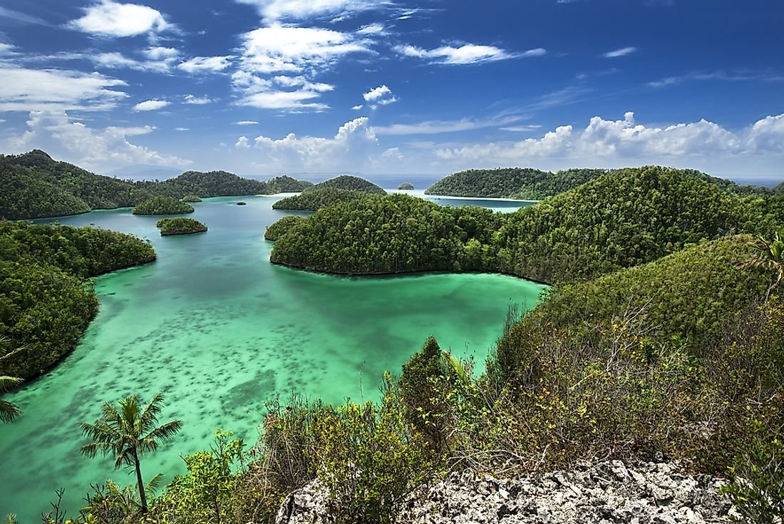 Islands That Are Shared By More Than One Country