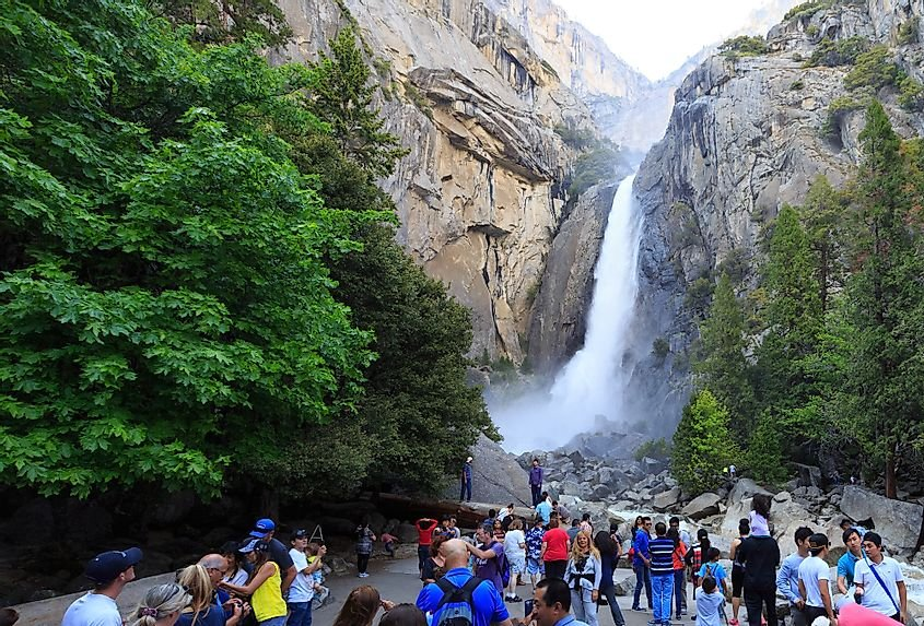 Hiking Trails in the United States With Breathtaking Waterfalls