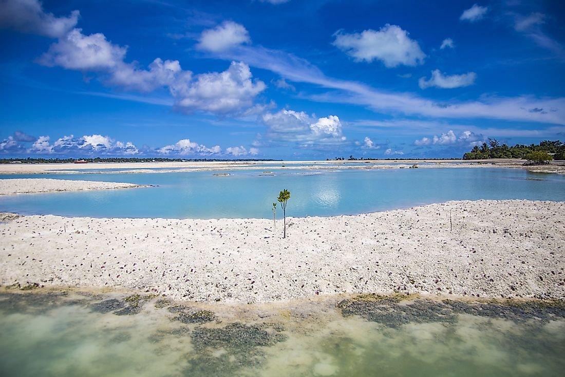 Biggest Islands And Atolls In Kiribati