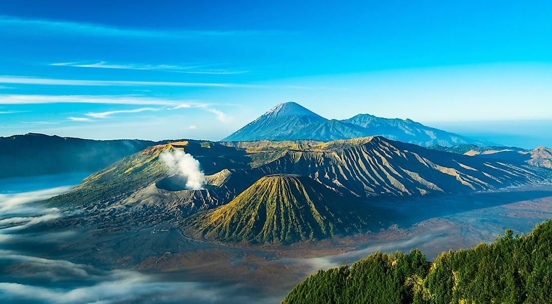 Where Are The World's Active Volcanoes?