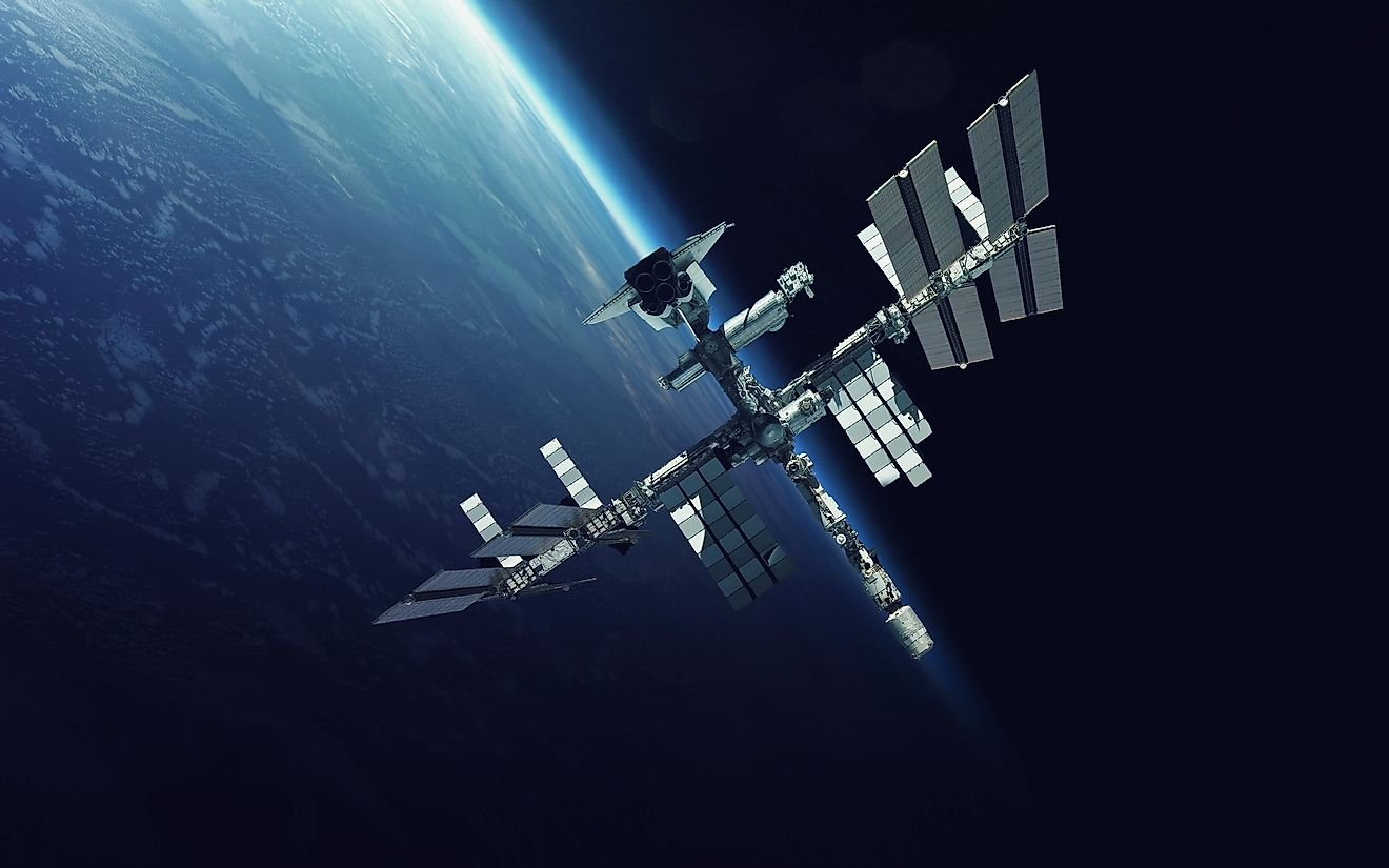 What Is The Difference Between A Spacecraft And A Space Station?