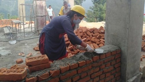In Nepal's post-earthquake reconstruction, women masons are breaking gender barriers