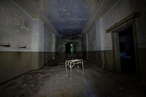 The True Horrors Behind 7 Haunted Locations Around The World