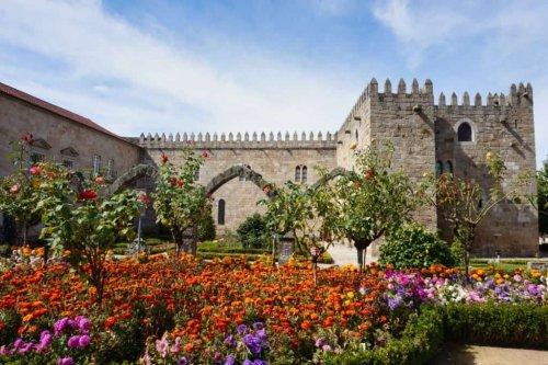 Braga Portugal: Sehenswürdigkeiten & Tipps für die Stadt und Bom Jesus do Monte