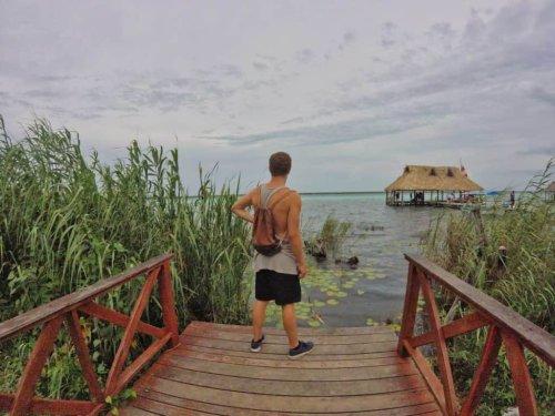Bacalar in Mexiko: Tipps & Infos zur Lagune der 7 Farben