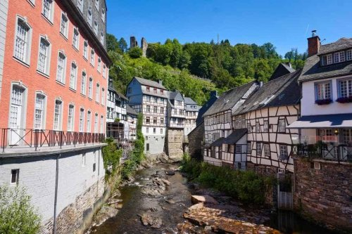 Monschau: Sehenswürdigkeiten & Insider Tipps für einen Ausflug in die Eifel