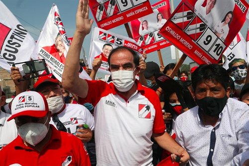 Is Peru's Crowded Presidential Election a Bridge to Nowhere?