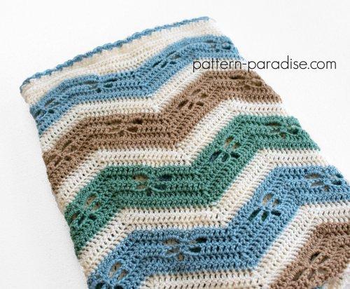 Free Crochet Pattern: Dragonfly Chevron Baby Blanket | Pattern Paradise
