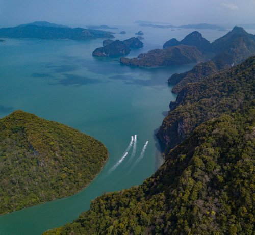 Visiting the Floating Markets in Langkawi – Stuck in Customs