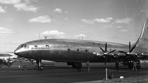Witness to History: The First Flight of the Bristol Brabazon I | TheAvGeeks