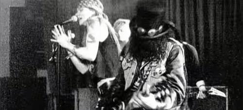 Sweet Child O' Mine - Guns N' Roses - Smartencyclopedia | PT