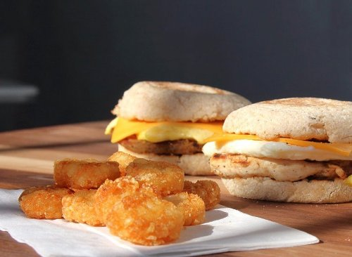 12 Healthy Fast Food Breakfasts Under 360 Calories | Eat This Not That