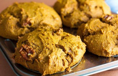 Your new favorite fall recipe: 5-ingredient pumpkin muffins