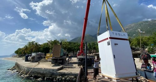 Tesla Powerpacks to help power critical hospital in Haiti having issues with its solar system