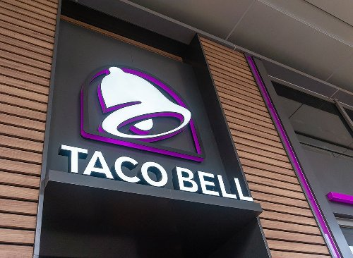 "Taco Bell Is Bringing Back This ""Naked"" Menu Item"