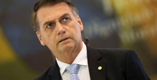 Brazil's anti-vax president Bolsonaro forced to eat pizza outside in NYC | Boing Boing