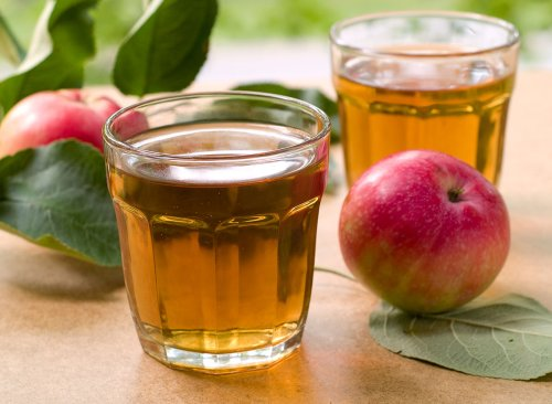 What Happens to Your Body When You Drink Apple Juice   Eat This Not That