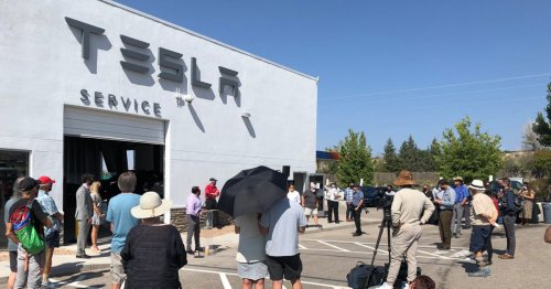 Tesla finds loophole to New Mexico's dumb ban by launching on tribal land