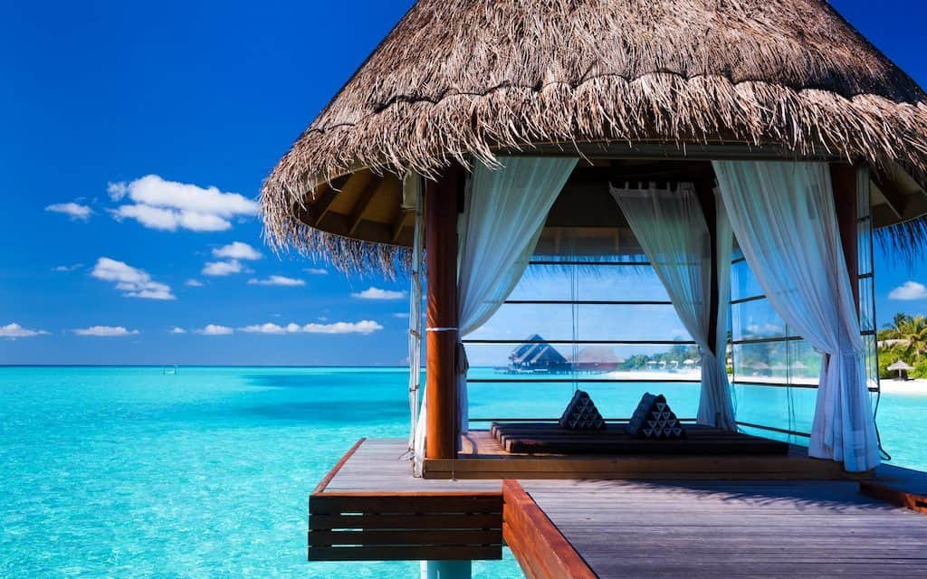 LUXURY HOTELS FROM AROUND THE WORLD! - cover