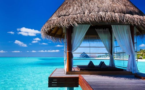9 Epic Bora Bora Honeymoon Resorts to Remember