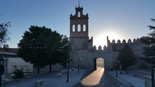 Travelling to Avila - The Walled City of Spain [Where to Eat, Stay, & More]