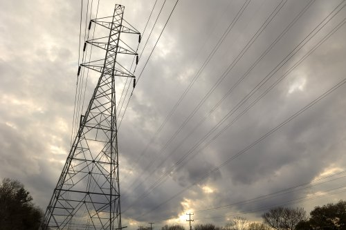Texas grid operator calls for conservation, citing power plants down for maintenance